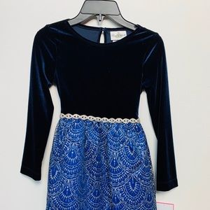 NEW Beautiful and elegant blue dress.